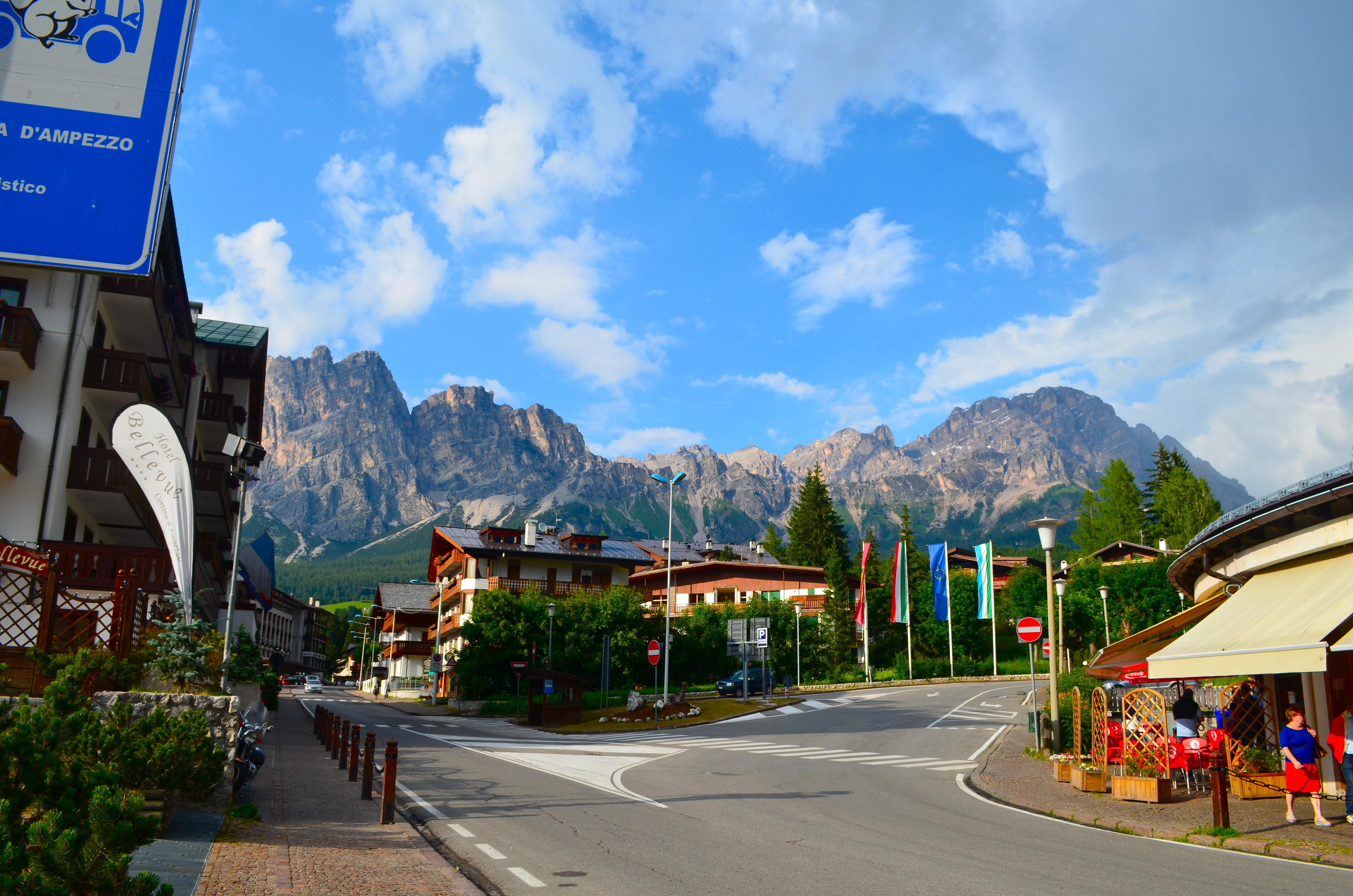 Cortina d ampezzo a gem in the italian dolomites two for Best view of dolomites